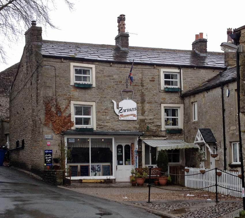 Zarinas tea room and bed breakfast in kettlewell for Best restaurants with rooms yorkshire dales